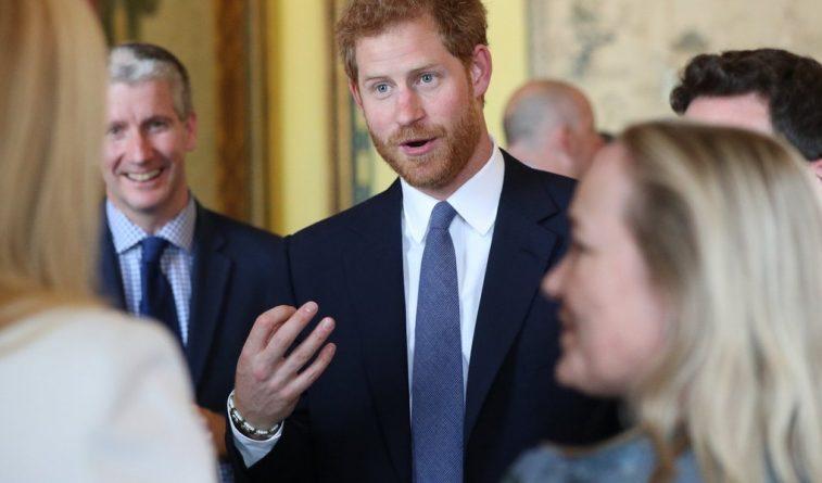 Знаменитости: Принц Гарри не хочет становиться королем