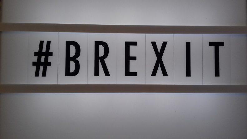 Политика: Brexit начался конструктивно, но может выйти из графика