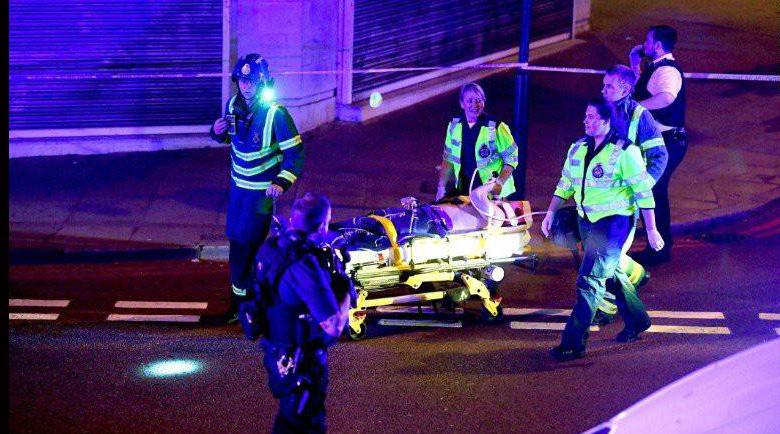 Происшествия: В Лондоне фургон въехал в возвращающихся с молитвы мусульман