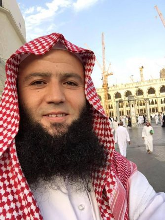 Испания обвиняет британского священнослужителя в вербовке джихадистов