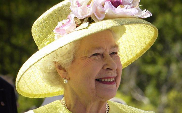 Политика: Корбин предлагает отказаться от монархии