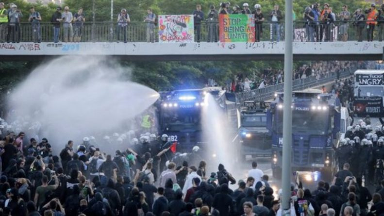 В мире: Что творится в Гамбурге (видео)