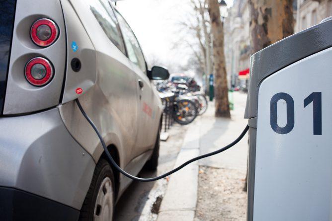 Бизнес и финансы: Великобритания готовится к переходу на электромобили