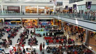Диспетчеры в панике: британские аэропорты перегружены