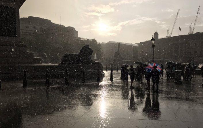 Погода: Великобритания на этой неделе утонет в дождях