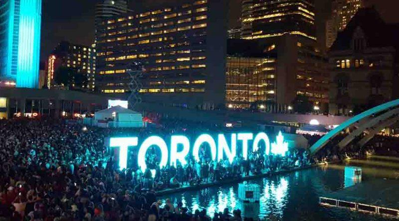 В мире: Канадцы отмечают 150-летие страны