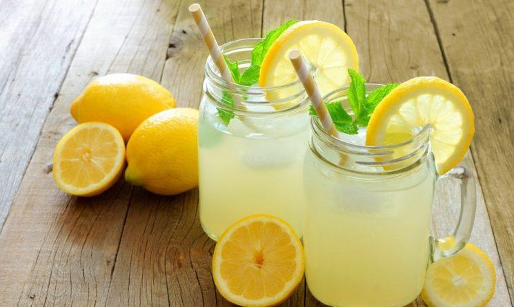 Общество: Пятилетнюю девочку оштрафовали за продажу лимонада без лицензии