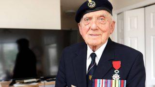 97-летний ветеран войны съездил в Канаду на премьеру фильма «Дюнкерк»