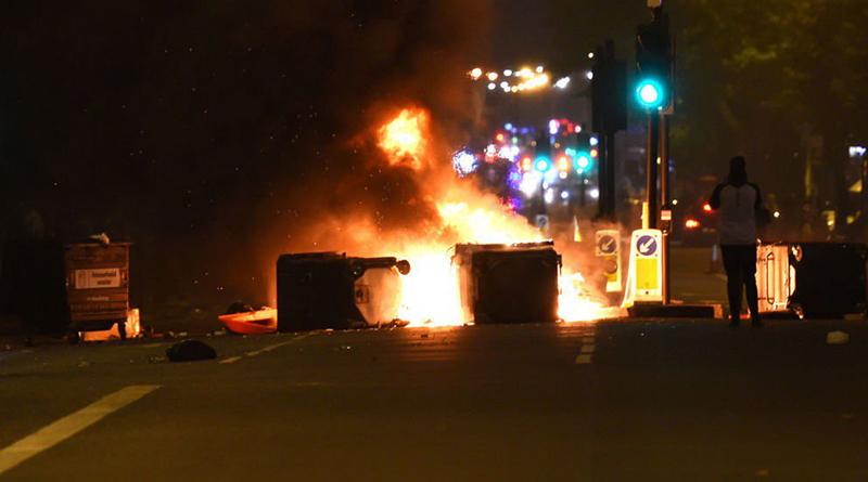 Происшествия: Протесты в Лондоне переросли в пожары и столкновения с полицией