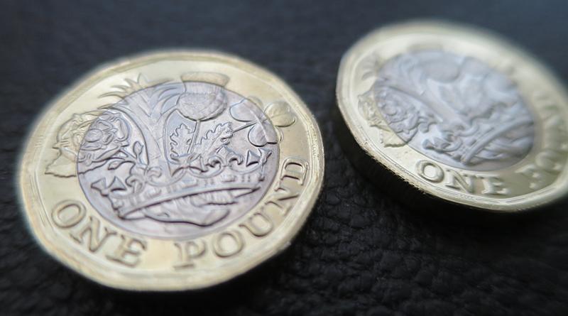 Бизнес и финансы: Британцы стали беднее