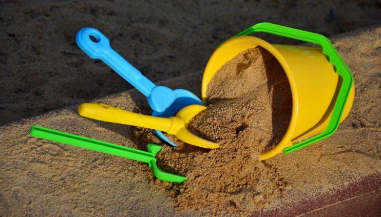 Здоровье и красота: Ребенок может подцепить инфекцию в песочнице