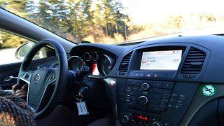 Водителей лишают страховки за вождение в шлепанцах