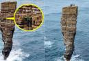Альпинисты взобрались на фантастическую скалу в океане