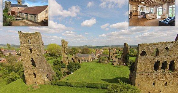 Замок короля Ричарда III продается за миллион фунтов