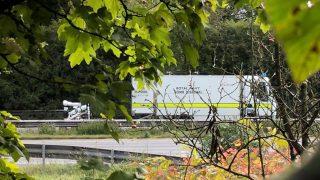 Тысячи водителей застряли в пробке на шоссе М3 возле Уинчестера