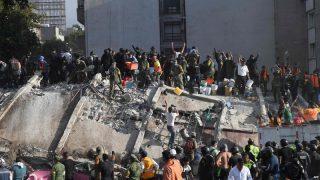 Ужасающее землетрясение в Мексике: сотни погибших, столица парализована (фото, видео)