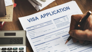 Семейная виза: как воссоединиться с родными