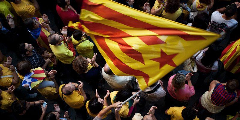 В мире: Великобритания не признает независимость Каталонии
