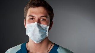 Курильщикам и пациентам с лишним весом запретят идти на операции