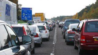 Страна за год теряет более £9 млрд из-за пробок на дорогах