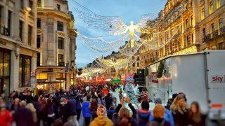 На Regent Street пройдет рождественский парад игрушек Hamleys