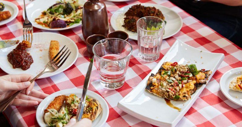Досуг: В Лондоне откроется поп-ап-ресторан, посвященный сыру халлуми