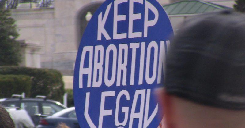 Здоровье и красота: Ведущие гинекологи Британии требуют доступных абортов