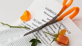 В Британии фиксируют максимальное количество супружеских разводов за 8 лет
