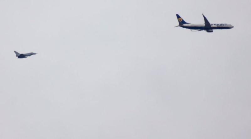Происшествия: (UPD) Истребители RAF направлены навстречу самолету Ryanair с подозрительным предметом на борту