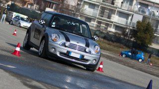 Инструкторы по вождению: в тестах на водительские права есть опасные нововведения!