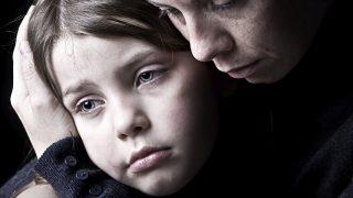 При разводе родители могут потерять ребенка, настраивая его против партнера