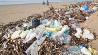 Налог на пластик уменьшит количество мусора
