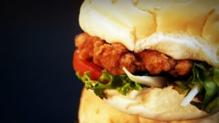 Теперь в Лондоне можно съесть бургер за £55