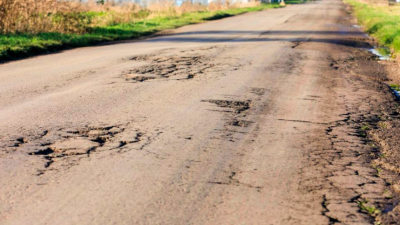 Общество: Названа худшая дорога Великобритании