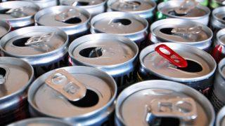 Британские учителя требуют запретить энергетические напитки в школах