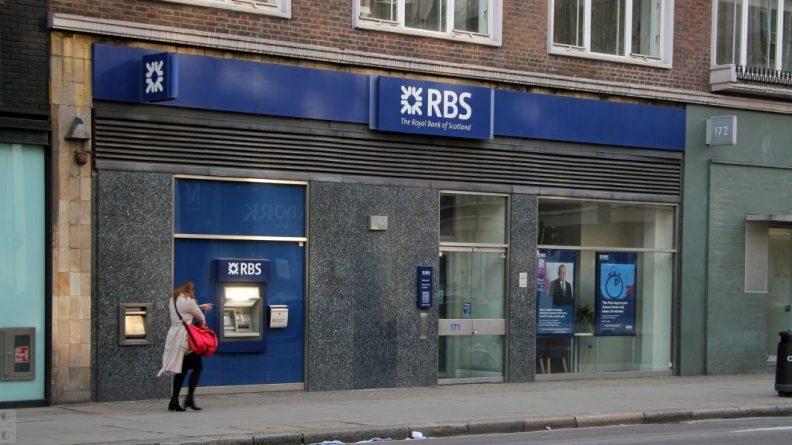 Бизнес и финансы: Правительство запретит Royal Bank of Scotland закрывать филиалы