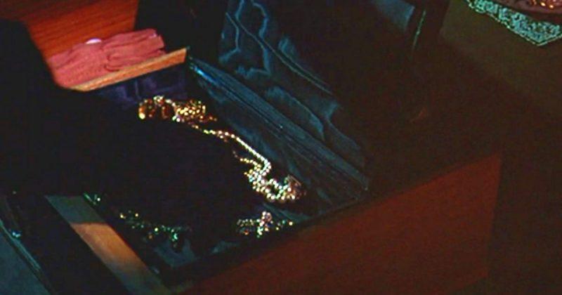 Происшествия: В Бирмингеме орудует банда грабителей