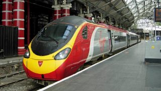 Ребенка с действительным билетом не пустили в поезд Virgin Trains