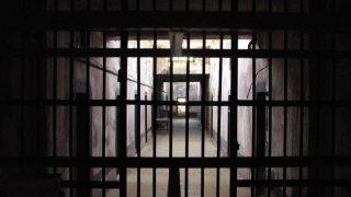 В Великобритании растет число малолетних преступников