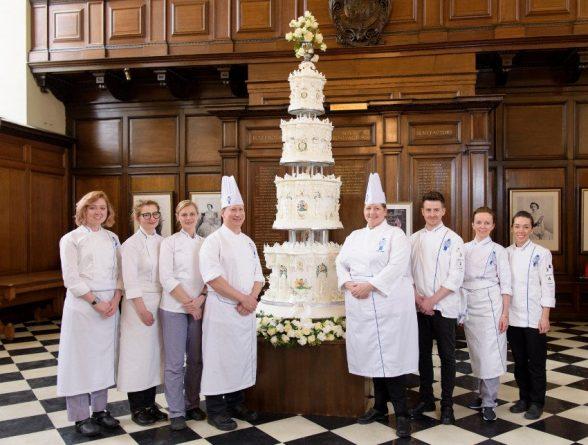Букингемский дворец ищет шеф-повара для королевы Великобритании