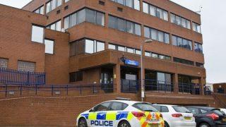 Женщина-инвалид была заперта в полицейском участке по халатности