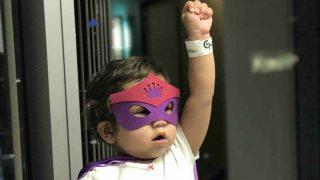 Дети, сражающиеся с раком, получили маски любимых супергероев