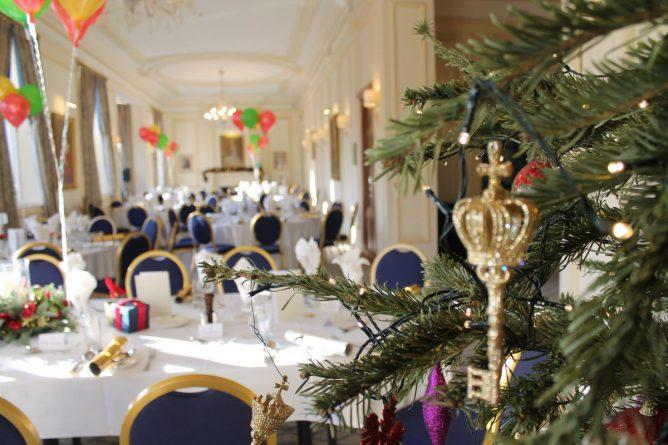 Общество: Букингемский дворец ищет шеф-повара для королевы Великобритании