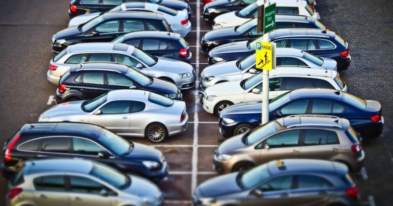 Общество: Налог на болезнь: больницы в этом году заработали £174 млн на парковке машин