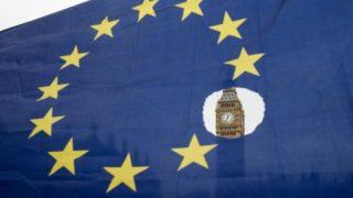 Британский парламент ограничил возможности Терезы Мэй в вопросах Brexit
