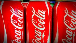Мужчина, выпивавший 40 банок кока-колы в день, сбросил 70 кг