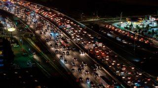 RAC рекомендует водителям воздержаться от поездок в пятницу перед Рождеством