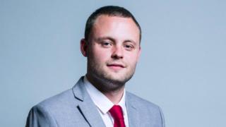 Депутат-консерватор предложил стерилизовать получателей пособия
