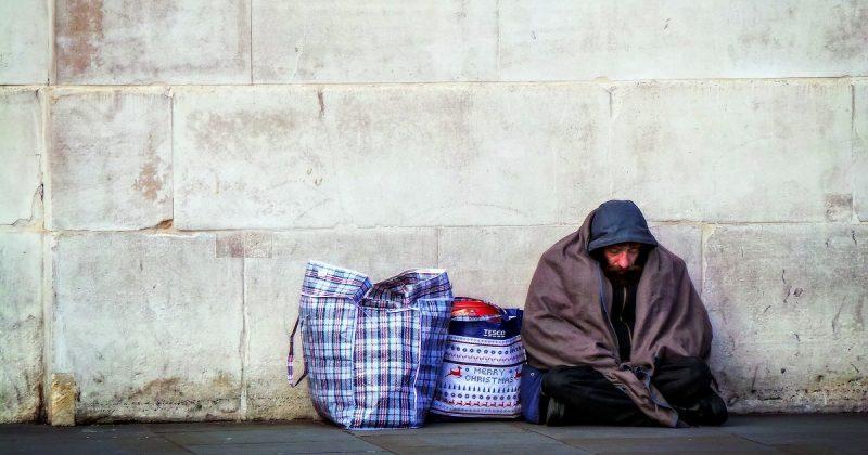 Общество: Бездомные Великобритании получат средства из неиспользованных банковских счетов