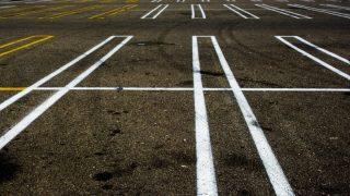 Парковкой для инвалидов смогут пользоваться люди, страдающие аутизмом и деменцией